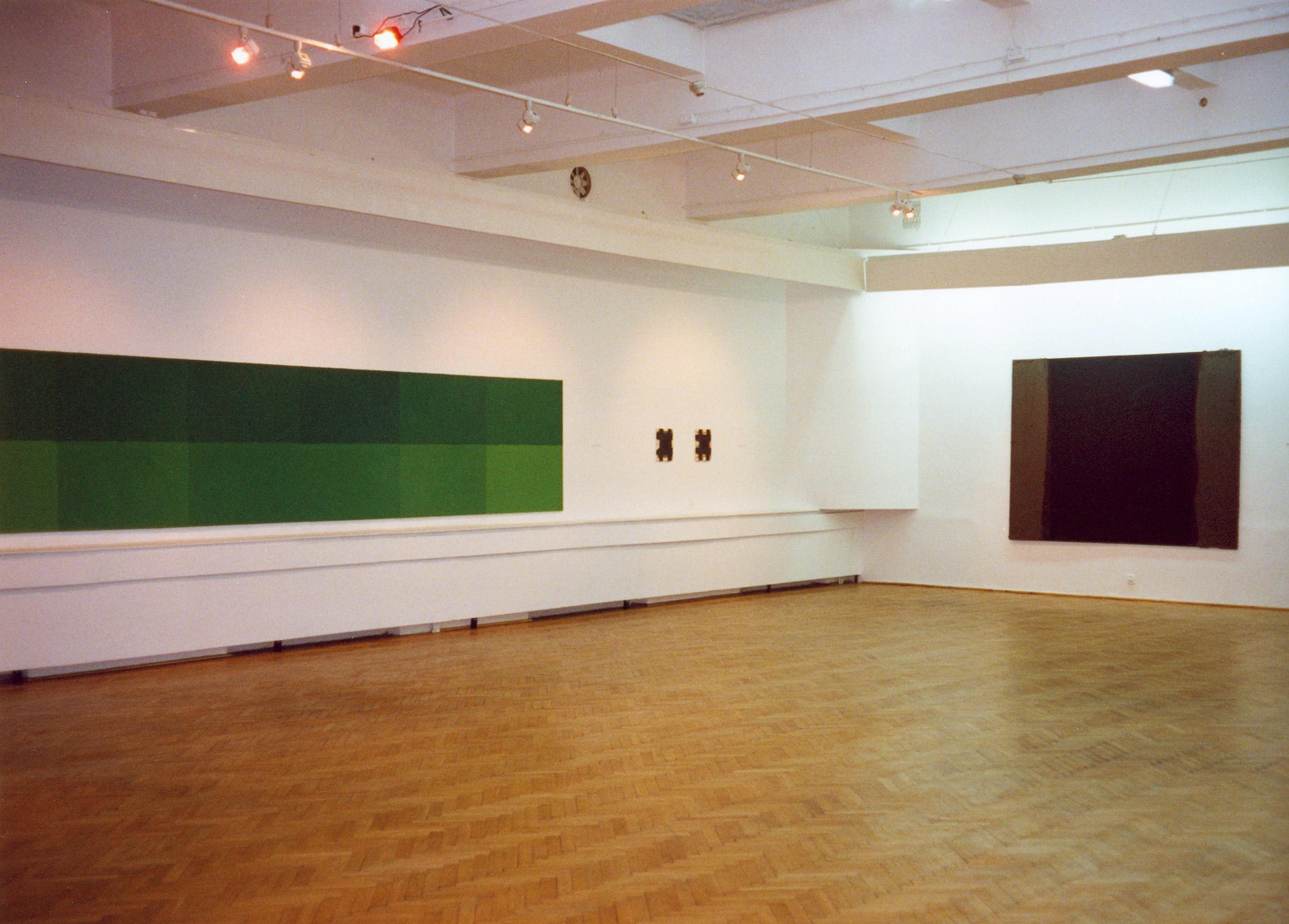 Tomasz Zawadzki, widok z wystawy indywidualnej, Galeria Stara BWA Lublin,1998