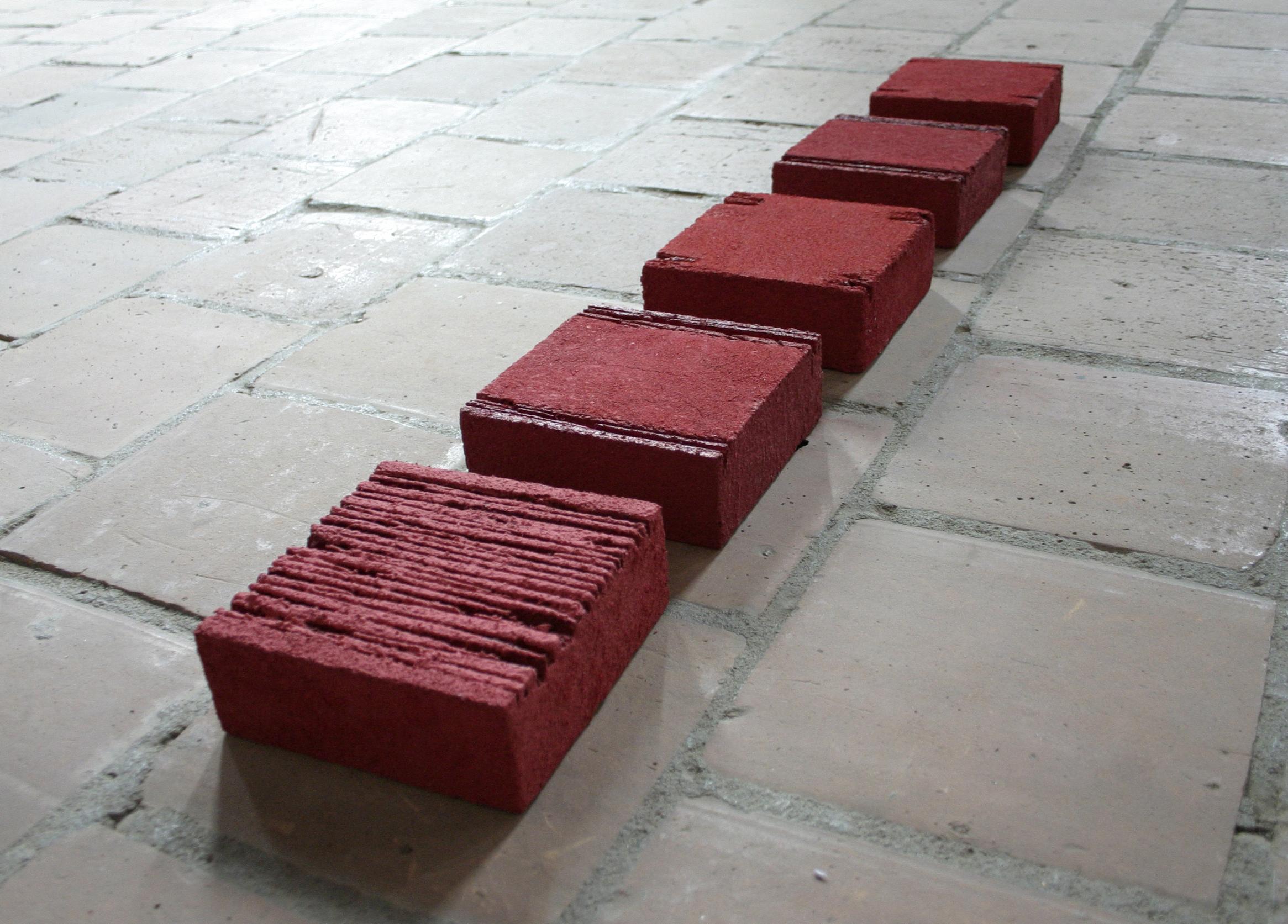 Tomasz Zawadzki,widok z wystawy indywidualnej-Forma koloru,Centrum Sztuki Glaeria EL, Elbląg,2009[fot Piotr Grdeń]